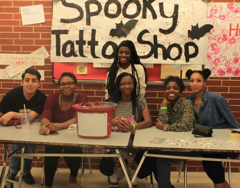 The student council had a lot of fun Tuesday night with their tattoo booth. They let their artistic abilities shine through and the crowd enjoyed the creativity shown by bowie StuCo.