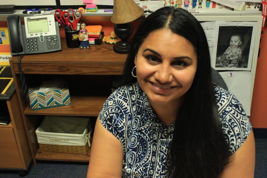 Elizabeth Ortega teaches AP and IB Spanish.