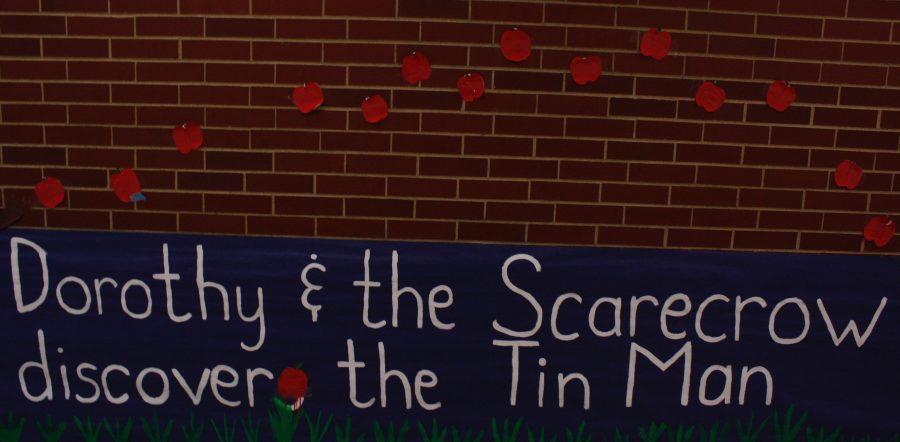 Dorothy & The Scarecrow